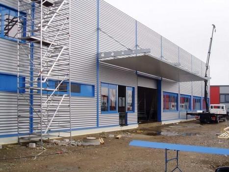 Neubau Fertigungshalle