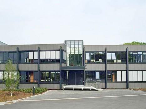 Neubau Produktion mit Büro- und Sozialgebäuden
