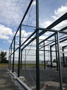 Errichtung eines Hallenkomplexes (Lager-, Montage-, Lackier- und Waschhalle mit Anbau)